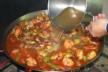 Le bouillon à paella - Paellas de José
