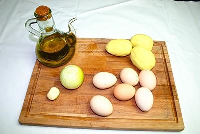 Les ingrédients de la tortilla de patates