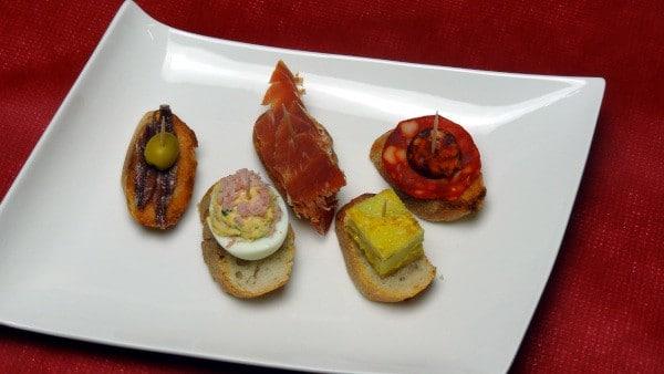 Entrée à base de tapas, menu saint valentin - Paellas de José