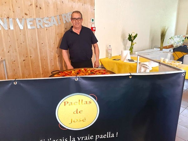 Stand Paellas de José pour un anniversaire à Toulouse