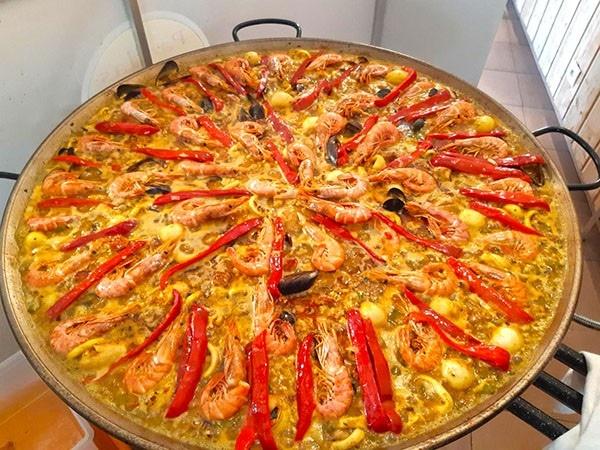 La paella mixte pour vos événements - Paellas de José