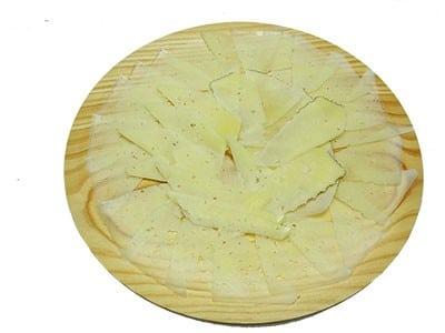 Plateau manchego de reserve servi en tapas avec Paellas de José